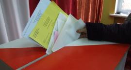 Trwają wybory samorządowe - dane z godz. 19.00