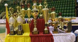 Księża rywalizowali przy stole tenisowym
