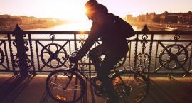 Nakrycie głowy na rower - Kominiarka, buff, opaska czy czapka?