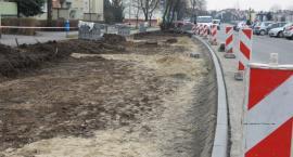 Będą nowe miejsca parkingowe na os. Piastowskim i Rąbinie