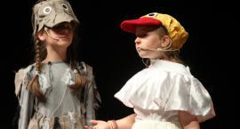 Przedszkolaki opanowały deski Teatru Miejskiego