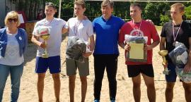 Znakomite Mistrzostwa Powiatu w Plażowej PiłceSiatkowej w kat. Szkół Ponadgimnazjalnych o Puchar S