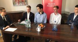 Odbyła się II debata młodzieżówek