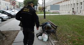 Straż Miejska pomaga bezdomnym