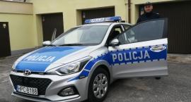 Policja z nowym radiowozem