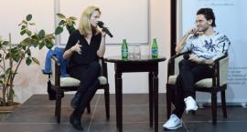 Słodko-gorzkie rozmowy w Saloniku Literacko-Artystycznym