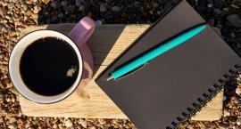 Student w wakacje idzie do pracy - kiedy odprowadzane są składki?