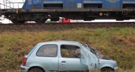Zderzenie samochodu i pociągu w Karczynie
