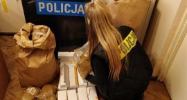 Nielegalny towar upłynniał poprzez sklep