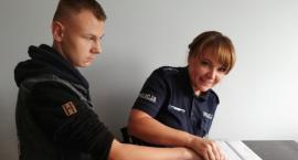 Prośbę Tobiasza spełnili policjanci z Kruszwicy