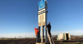 Rozpoczęły się prace związane z montażem nowego pylonu