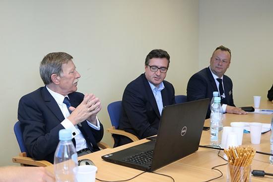 """Polski Związek Wędkarski, """"Wody Polskie"""" - zdjęcie, fotografia"""