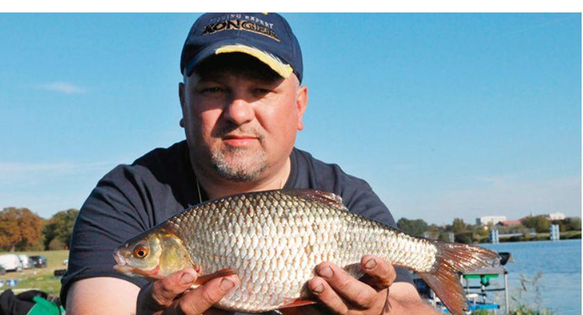 Jak łowić ryby - techniki , rozpoznać łowisko jeziorze - zdjęcie, fotografia
