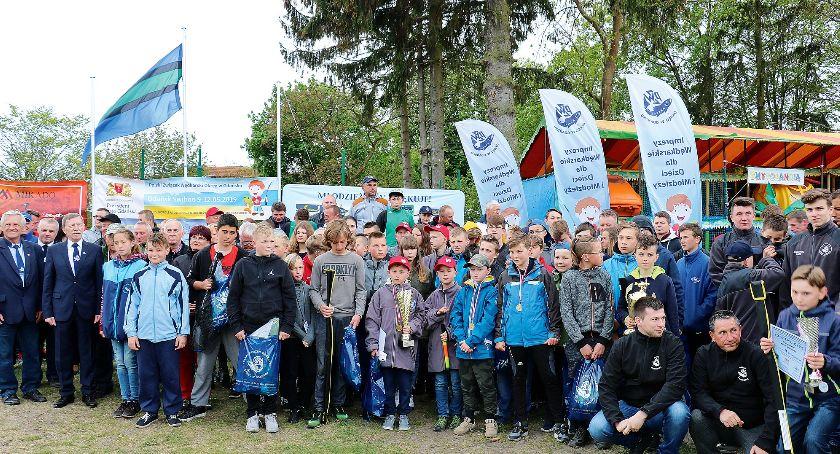 Zawody okręgowe PZW, zwycięzcami wszyscy - zdjęcie, fotografia
