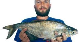 Rekord Polski: rozpiór 1,53 kg (50,5 cm)