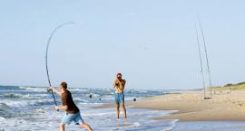 Z wędką nad morzem - kuter i łowienie z plaży