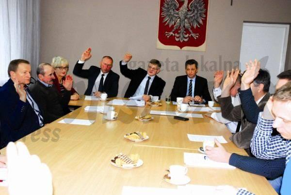 Artykuły, Podatkowe decyzje Jońcu - zdjęcie, fotografia
