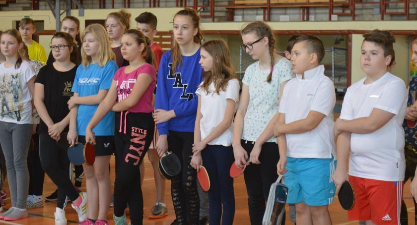 tenis stołowy, Diecezjalny turniej tenisa stołowego - zdjęcie, fotografia