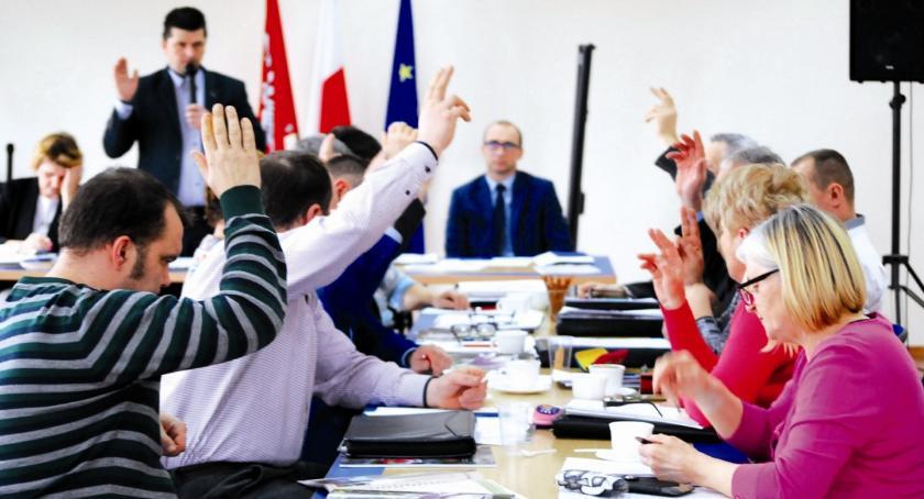 samorząd, Fundusz okręgi sesja Dzierzążni - zdjęcie, fotografia
