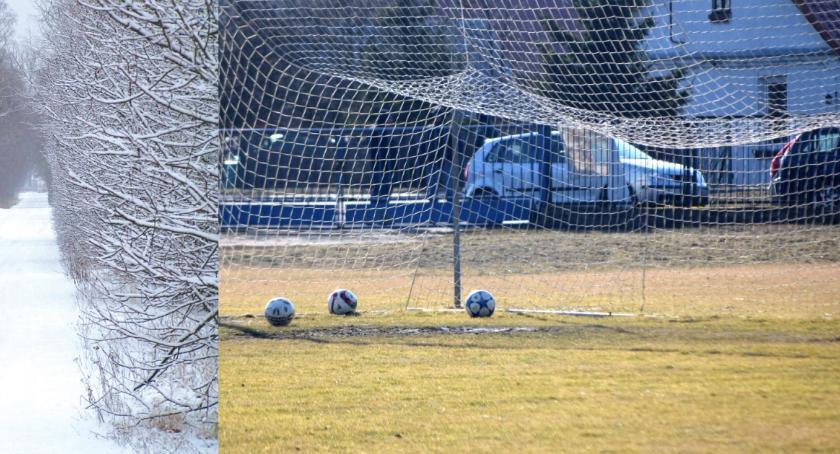 piłka nożna, powrót storpeduje piłkarską kolejkę - zdjęcie, fotografia