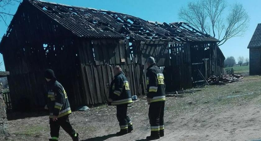 pożary, Spłonęła stodoła - zdjęcie, fotografia