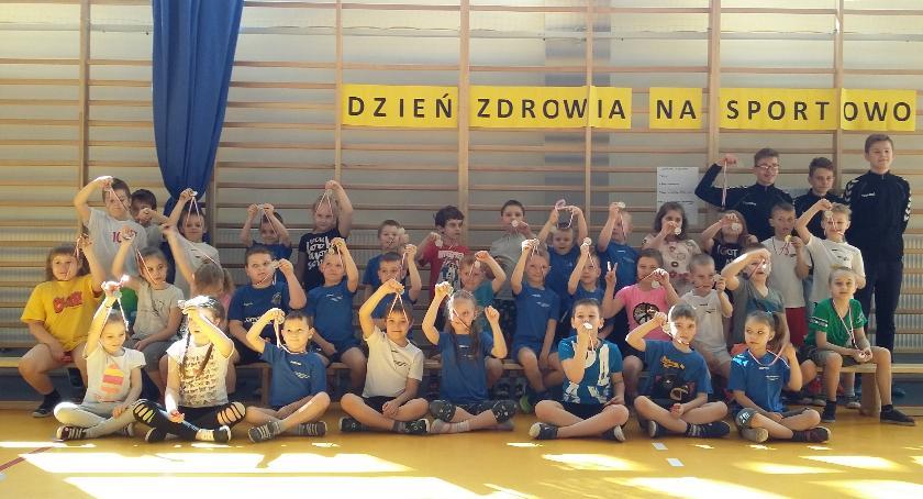 imprezy szkolne, Piątek zdrowiem - zdjęcie, fotografia