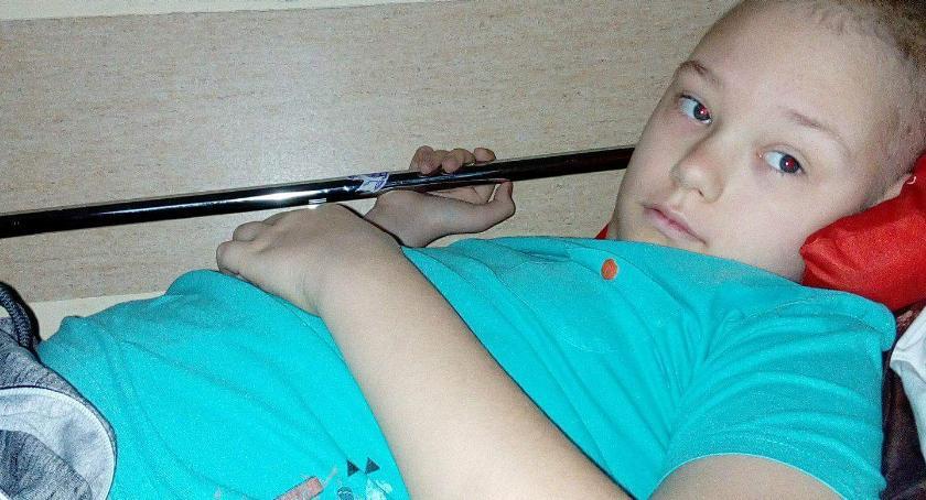 potrzebna pomoc, letni Kacper poddaje chorobie POMÓŻMY! - zdjęcie, fotografia