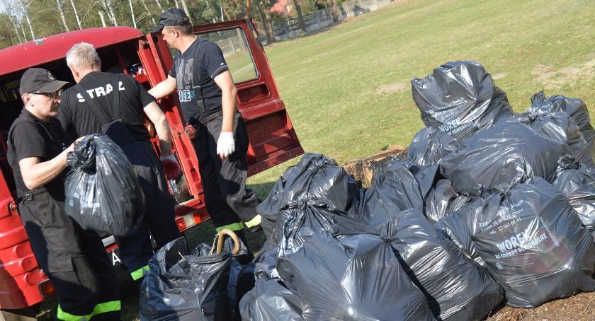 inicjatywy, Wiosenne sprzątanie Królewa - zdjęcie, fotografia