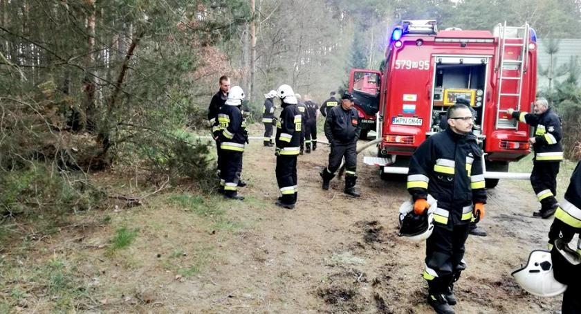 straż w akcji, trawy czyli kilka życia strażaków - zdjęcie, fotografia