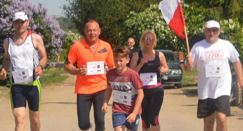inicjatywy, tylko biegali Kownatach - zdjęcie, fotografia