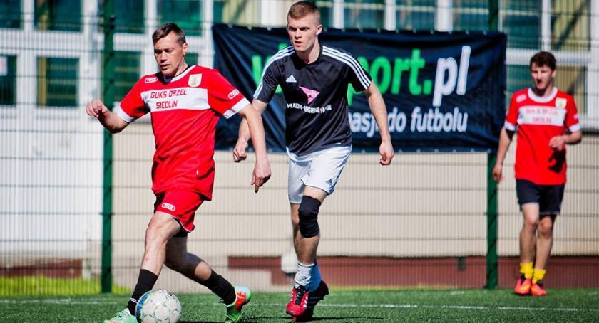 piłka nożna, Znamy finalistów turnieju Vitasport niedzielę finał - zdjęcie, fotografia