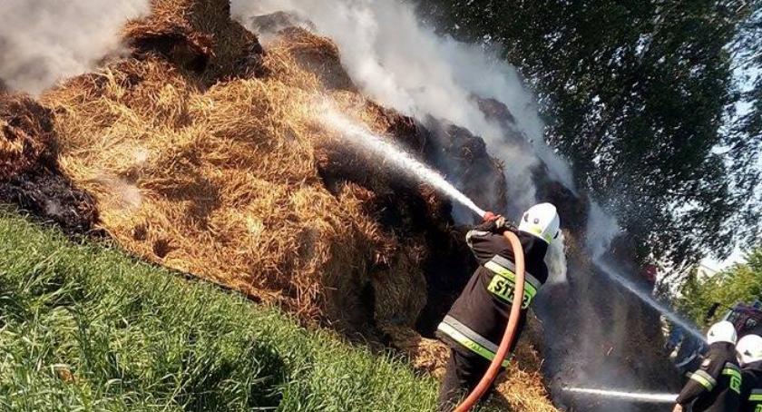 pożary, Płonęła słoma - zdjęcie, fotografia