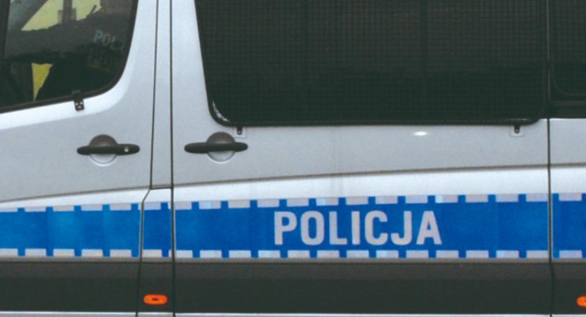 kryminalne, Policjanci pogoni szesnastolatkiem miał marihuanę - zdjęcie, fotografia