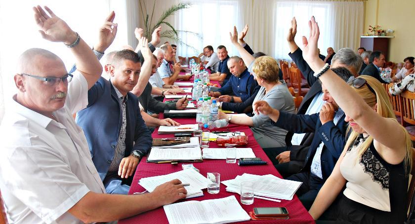 samorząd, Zamieszanie Baboszewie sesja przerwana - zdjęcie, fotografia