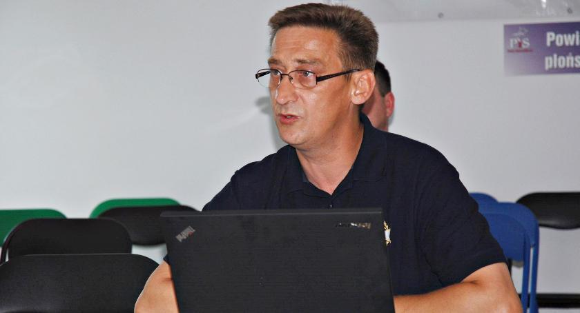 polityka, Polityczna bomba druga odsłona Robert Ziółkowski przekazał materiały - zdjęcie, fotografia