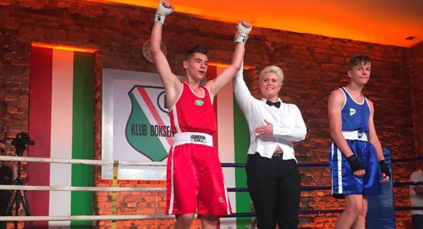 boks, Filip Kobos zwycięski - zdjęcie, fotografia