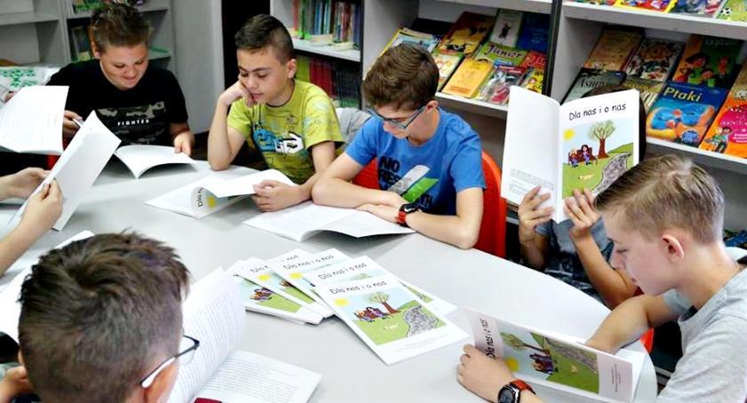 inicjatywy, Powstała szkolna powieść - zdjęcie, fotografia