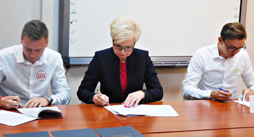 gospodarka, Umowa transport podpisana zobacz jakie będą linie - zdjęcie, fotografia