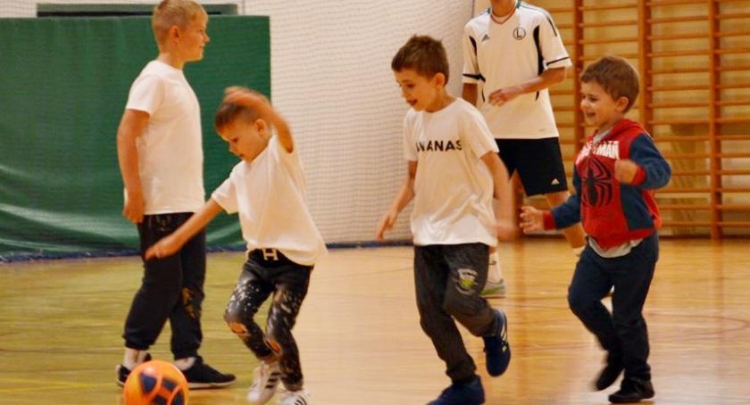 piłka nożna, Rodzinna piłka piętnasty - zdjęcie, fotografia