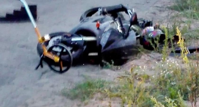 wypadki, Zginął motocyklista - zdjęcie, fotografia