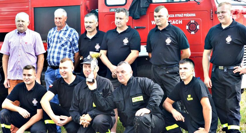 zawody strażackie, Wygrała drużyna Kucice - zdjęcie, fotografia