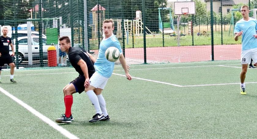 piłka nożna, Nextnet Oldboy Raciąż finale - zdjęcie, fotografia