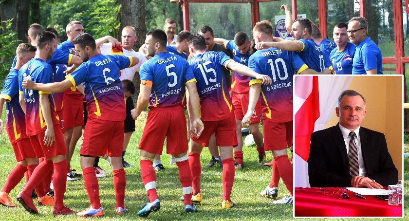 piłka nożna, prezes Orląt - zdjęcie, fotografia