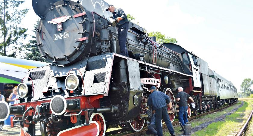 foto-ciekawostki, Raciąż ugościł zabytkowy pociąg - zdjęcie, fotografia