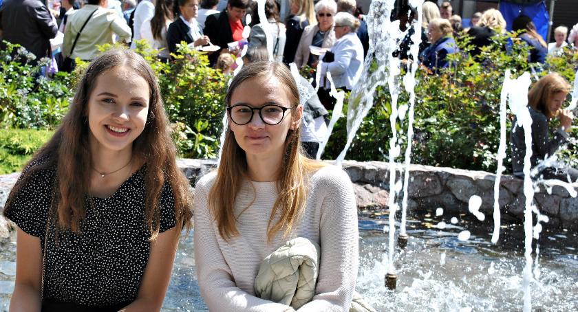 zaproszenia, Kolorowo fontannie - zdjęcie, fotografia