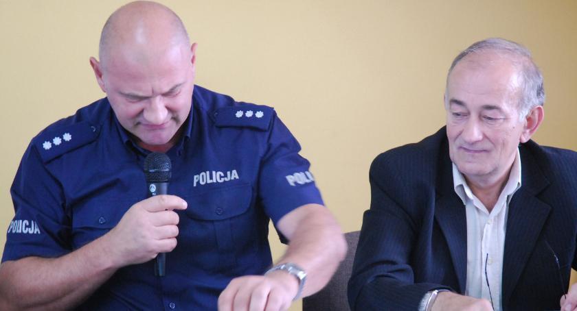 samorząd, tylko pogryzionym Niemcu - zdjęcie, fotografia
