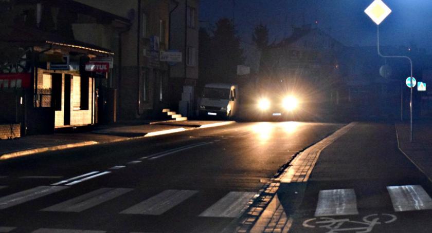interwencje, Ciemno wszędzie kiedy oświetlenie Warszawskiej - zdjęcie, fotografia
