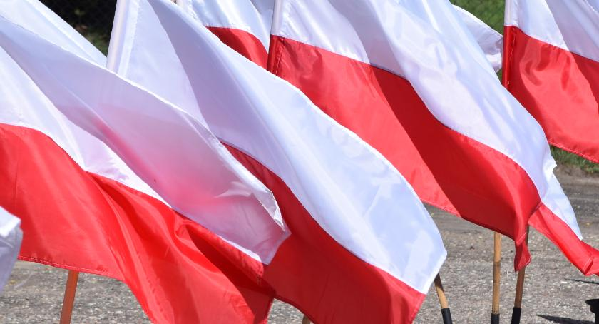zaproszenia, Będzie parada niepodległości - zdjęcie, fotografia