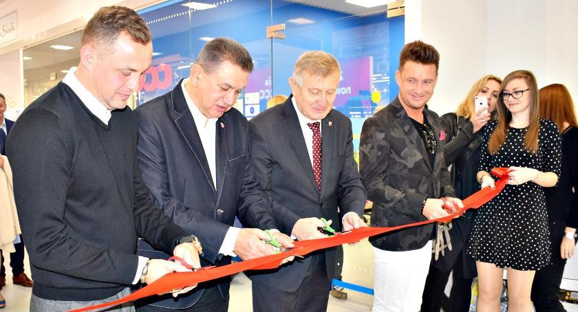 gospodarka, Galeria Arena oficjalnie otwarta - zdjęcie, fotografia