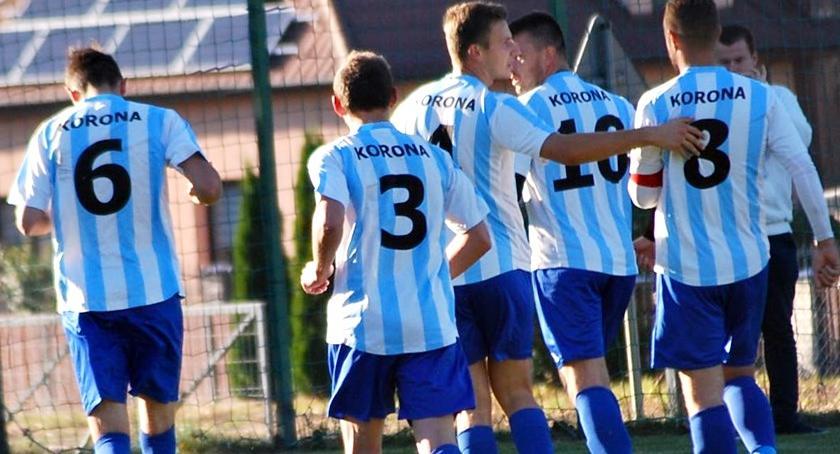 piłka nożna, Korona Sypniewie szans - zdjęcie, fotografia